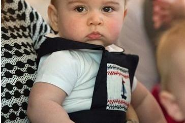 A-Royal-Birthday-Prince-George-Turns-1-364x400