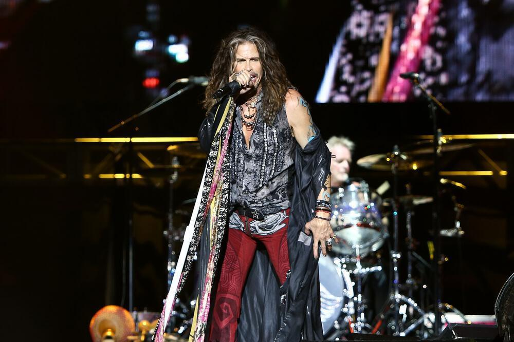 Steven Tyler of Aerosmith performs at the 2016 KAABOO Music Festival
