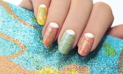 Nail polish with splattered paint