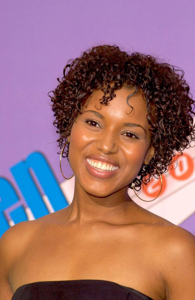 Actress KERRY WASHINGTON at the 2001 Teen Choice Awards at the Universal Amphitheatre, Hollywood, on 12 Aug 2001