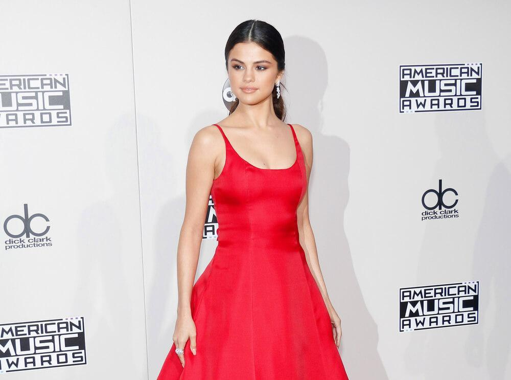 singer-actress Selena Gomez at the 2016 American Music Awards held at the Microsoft Theater in Los Angeles, USA on November 20, 2016.