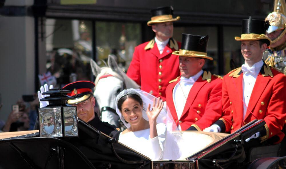 Prince Harry & Meghan Markle wedding Windsor, Uk - 19/5/2018: Prince Harry and Meghan Markle wedding carriage procession & back the Windsor Castle waving to crowd